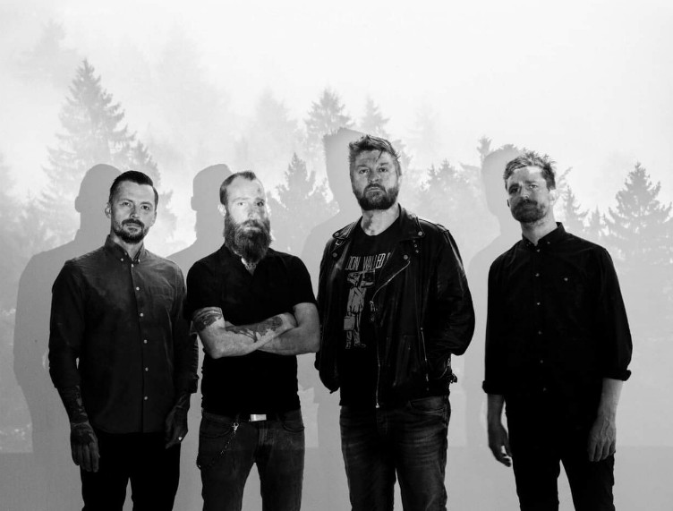 WOLVES-LIKE-US-Bandfoto 2019